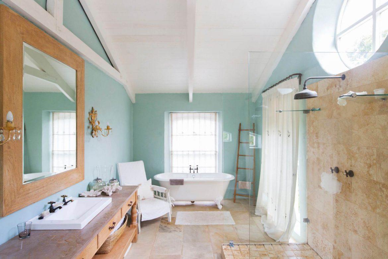 Виды подвесных потолков для ванной
