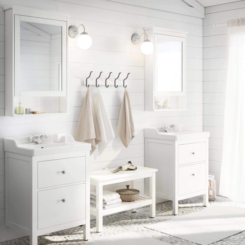Белый цвет в интерьере ванной